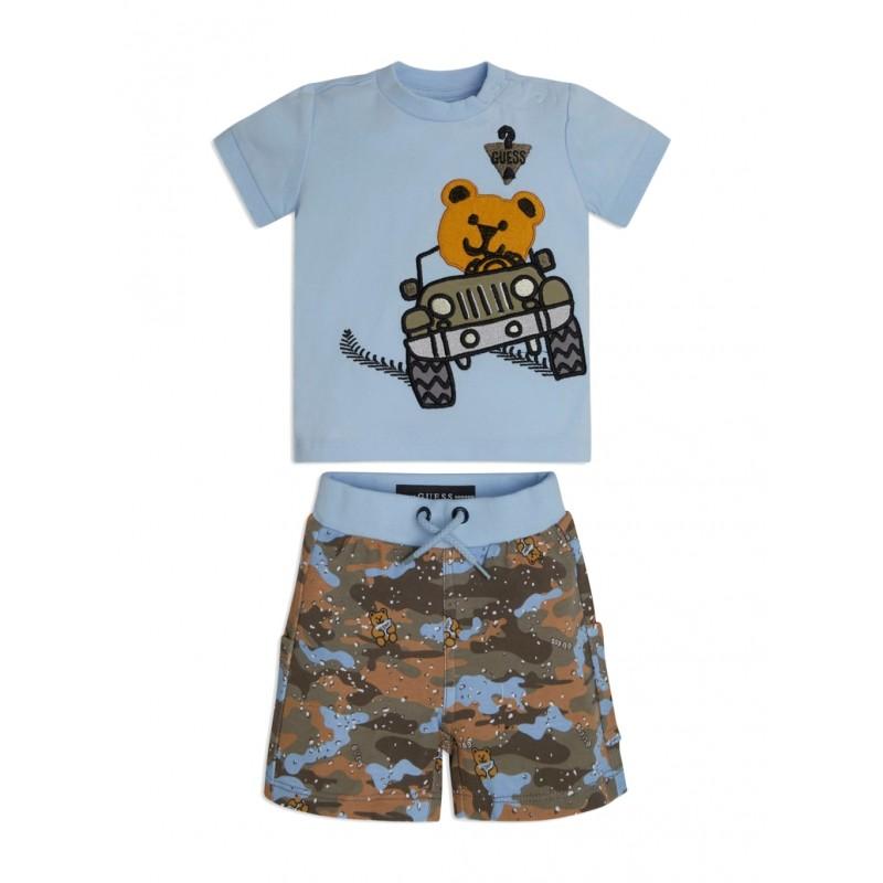 GUESS - Camiseta bordada, Pantalón camuflaje